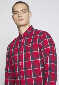 Tommy Jeans - Shirt - racing red/multi-coloured - 3