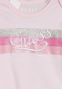 Guess - BABY SET - Baby gifts - white/pink - 7