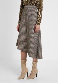 Soyaconcept - BAYAN - Maxi skirt - black - 0