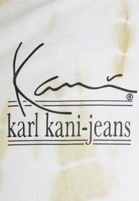 Karl Kani - SIGNATURE TIE DYE UNISEX - T-shirt à manches longues - white - 5
