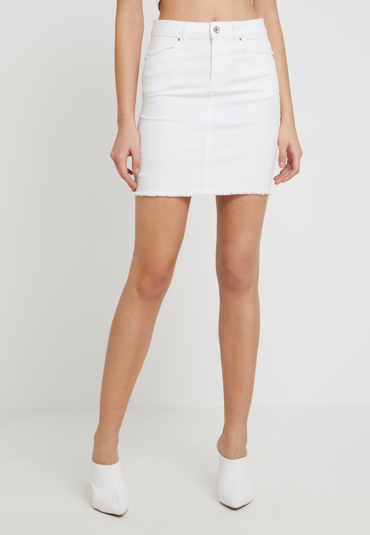 Pieces - PCAIA SKIRT  - Farkkuhame - bright white