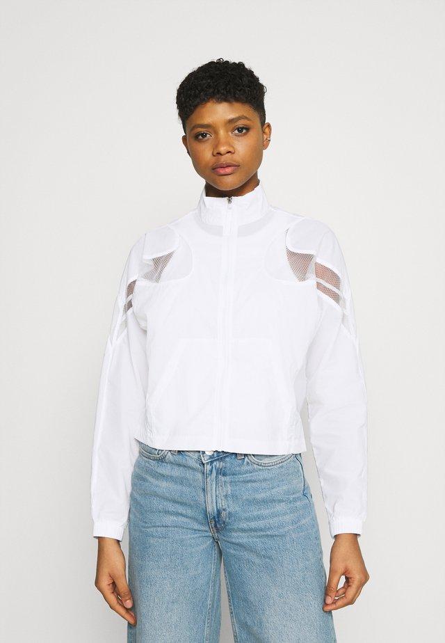 JACKET - Summer jacket - white