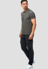 INDICODE JEANS - BROADWICK - Cargo trousers - black - 1
