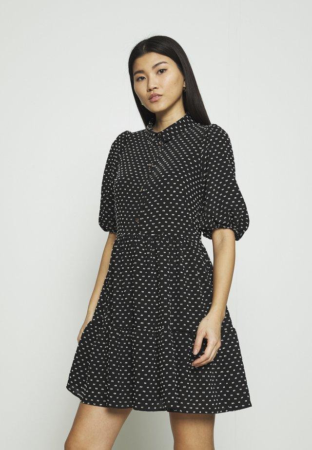 GATHERED DRESS - Abito a camicia - black