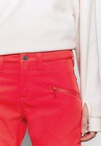 Burton - IVY OVER BOOT - Snow pants - hibiscus pink - 3