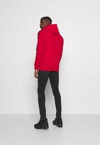 Glorious Gangsta - ABELLO OTH HOOD - Sweatshirt - red - 2