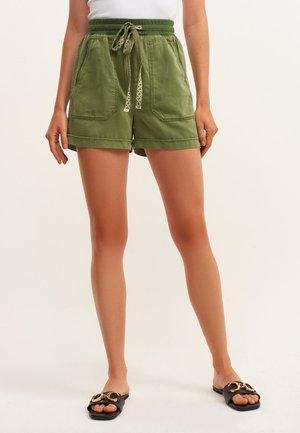 Shorts - antik lichen
