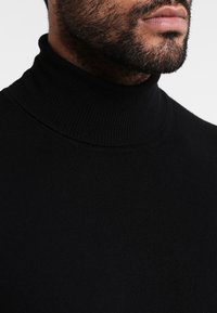Benetton - BASIC ROLL NECK - Pullover - black - 3