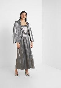 Three Floor - BOUVIER DRESS - Ballkjole - silver - 1