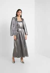 Three Floor - BOUVIER DRESS - Suknia balowa - silver - 1
