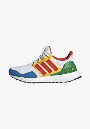 ADIDAS PERFORMANCE ADIDAS X LEGO - ULTRABOOST - Chaussures de running neutres - white