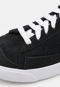 Nike Sportswear - BLAZER MID '77 UNISEX - Sneakersy wysokie - black/white/total orange - 5