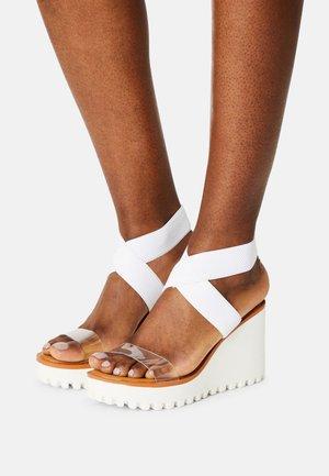 CARLOTTE - Platform sandals - white/clear