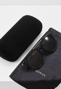 Gucci - Sluneční brýle - havana/gold-coloured/brown - 2