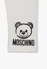 MOSCHINO - TROUSERS - Teplákové kalhoty - cloud - 4