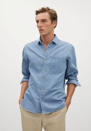 CHAMBRE - Shirt - hellblau