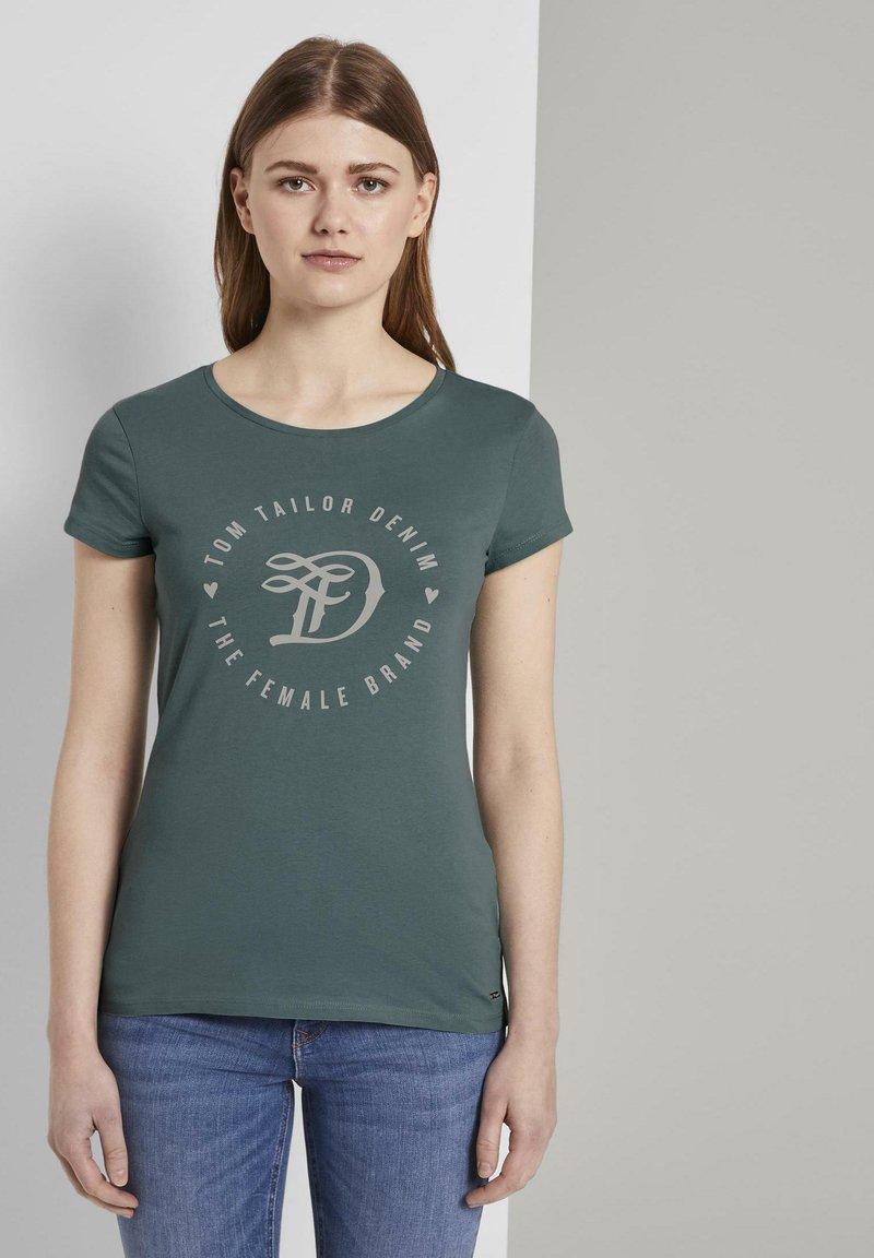 TOM TAILOR DENIM - Print T-shirt - mineral stone blue