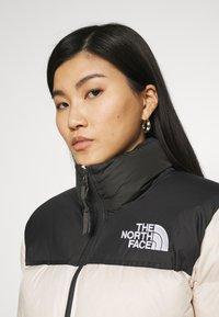 The North Face - NUPTSE CROP - Down jacket - pink tint - 3