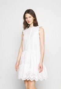 Rosemunde - DRESS - Košilové šaty - new white - 0