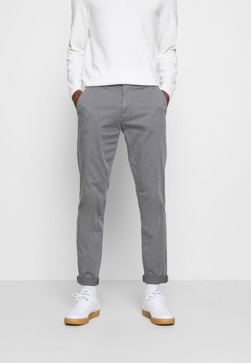 Casual Friday - VIGGO - Chino kalhoty - smoked pearl grey