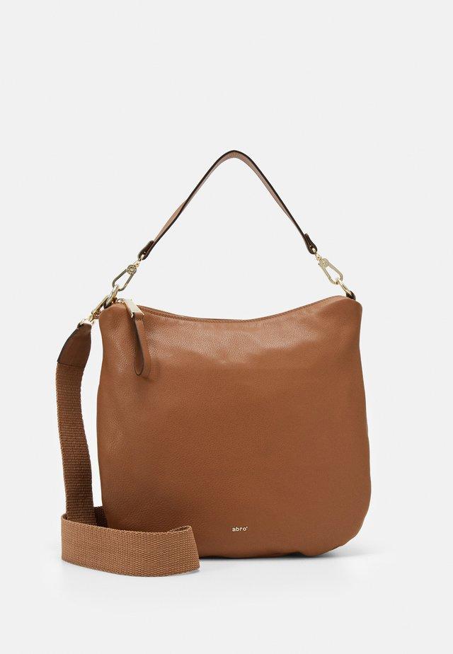 BEUTEL ERNA SMALL - Handbag - caramel