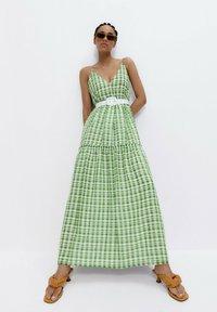 Uterqüe - Maxi dress - green - 1