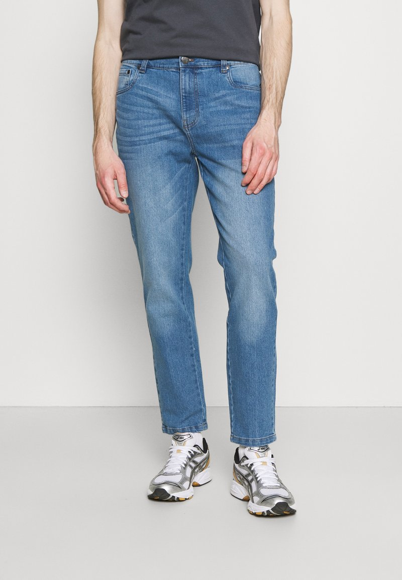 Newport Bay Sailing Club - Straight leg jeans - light wash