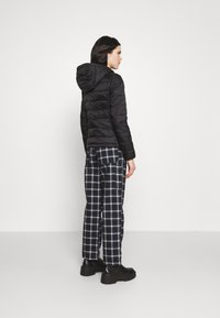 ONLY - ONLSANDIE QUILTED HOOD JACKET - Light jacket - black - 2