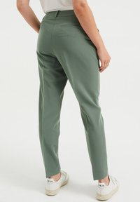 WE Fashion - Trousers - green - 2