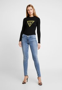 Guess - KUMIKO - Long sleeved top - jet black - 1