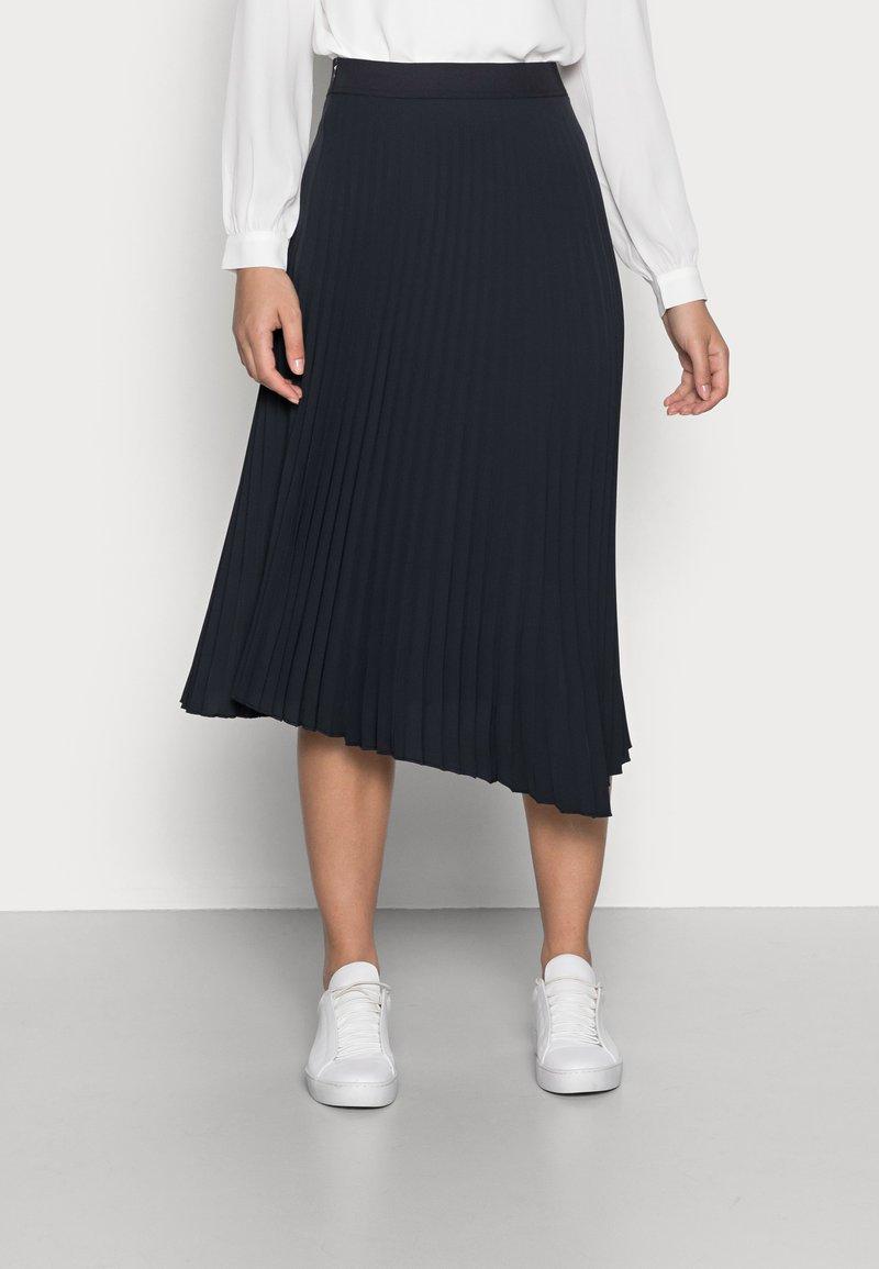 Opus - RELITA - Plisovaná sukně - mystic blue