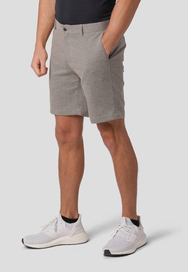 MILAN  - Shorts - tobbaco brown