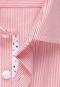 Seidensticker - BUSINESS SLIM - Shirt - rot - 6