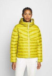 Nike Sportswear - Down jacket - tent/tea tree mist - 0
