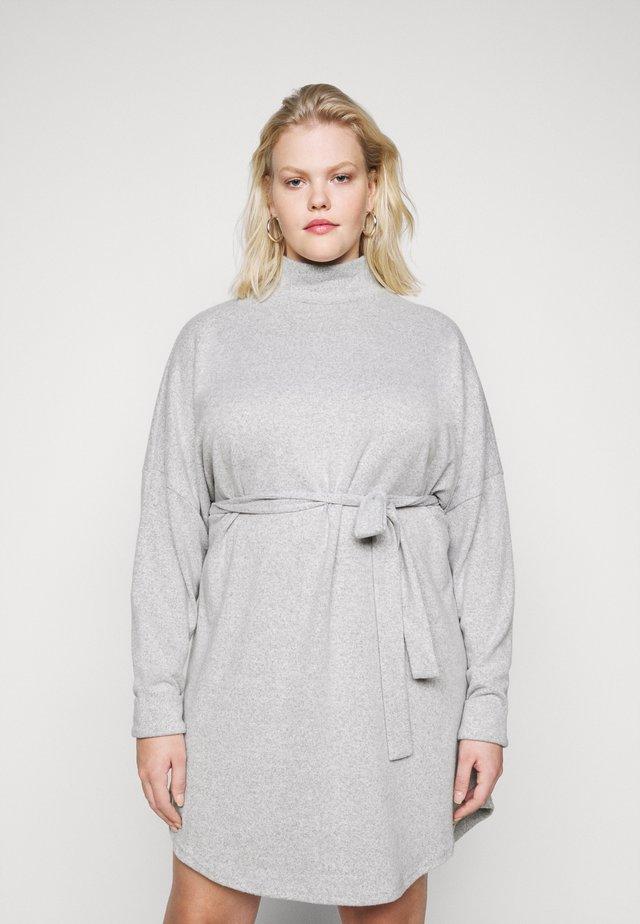 NMCITY AVA SHORT DRESS - Neulemekko - light grey melange