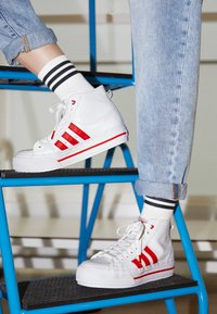 adidas Originals - NIZZA PLATFORM  - High-top trainers - footwear white/scarlet red - 2
