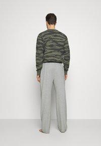 Michael Kors - PEACHED PANT - Pyžamový spodní díl - heather grey - 2
