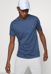 Polo Ralph Lauren - CUSTOM SLIM SOFT COTTON TEE - Basic T-shirt - derby blue heather - 3