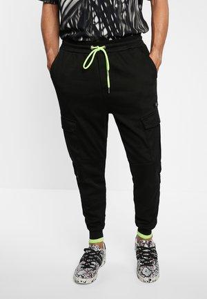 TARSILO - Cargo trousers - black