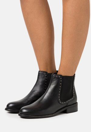 OTI STUD RAND CHELSEA BOOT - Kotníkové boty - black