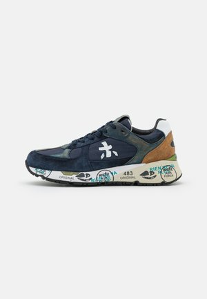 MASE - Trainers - navy
