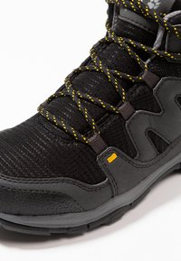 Jack Wolfskin - MTN ATTACK 3 TEXAPORE MID UNISEX - Hikingschuh - burly yellow - 2