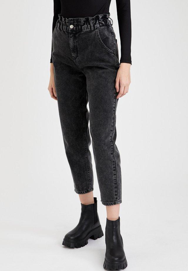 Jeans a sigaretta - black