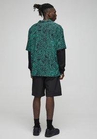 PULL&BEAR - Shirt - green - 2