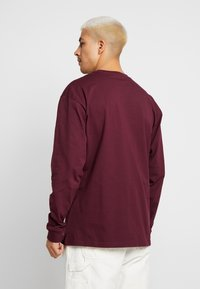 Carhartt WIP - CHASE - Long sleeved top - shiraz / gold - 2