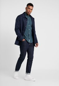 Marc O'Polo - BUITTON DOWN ONE POCKET STITCHED GENUINE PLACKET REGULAR FIT - Shirt - combo - 1