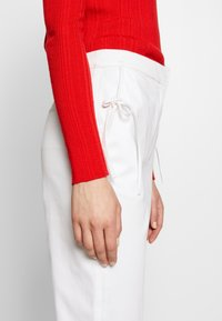Vivetta - TROUSERS - Pantaloni - white - 3