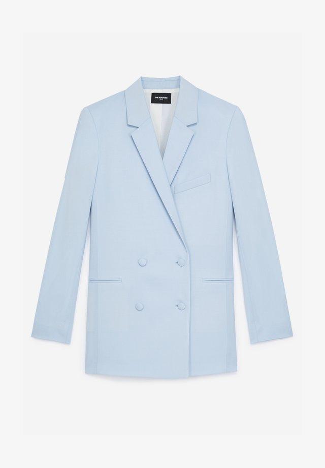 CROISÉE À POCHES - Krótki płaszcz - blue