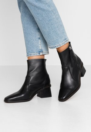 MARGOT MID BOOT - Classic ankle boots - black