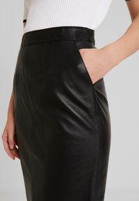 Oakwood - ENORA - Pouzdrová sukně - black - 4